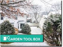 https://www.gardentoolbox.co.uk/ website