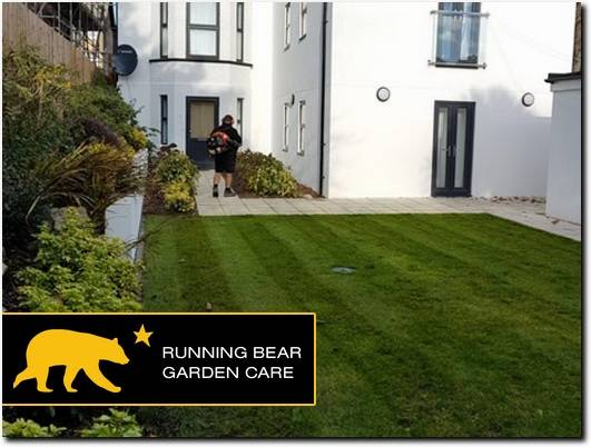 https://runningbeargardencare.co.uk/ website