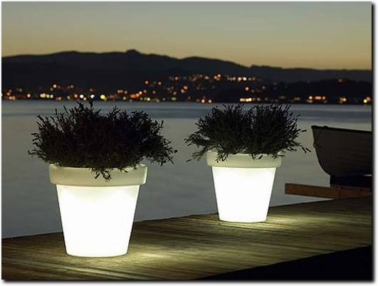 http://illuminatedpots.co.uk/ website